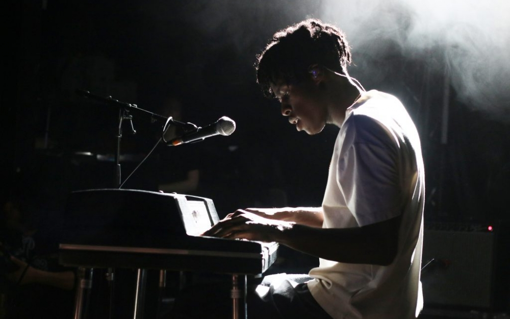 Daniel Caesar performs at his first ever concert in Toronto at the Mod Club. Photo by Luke Galati.