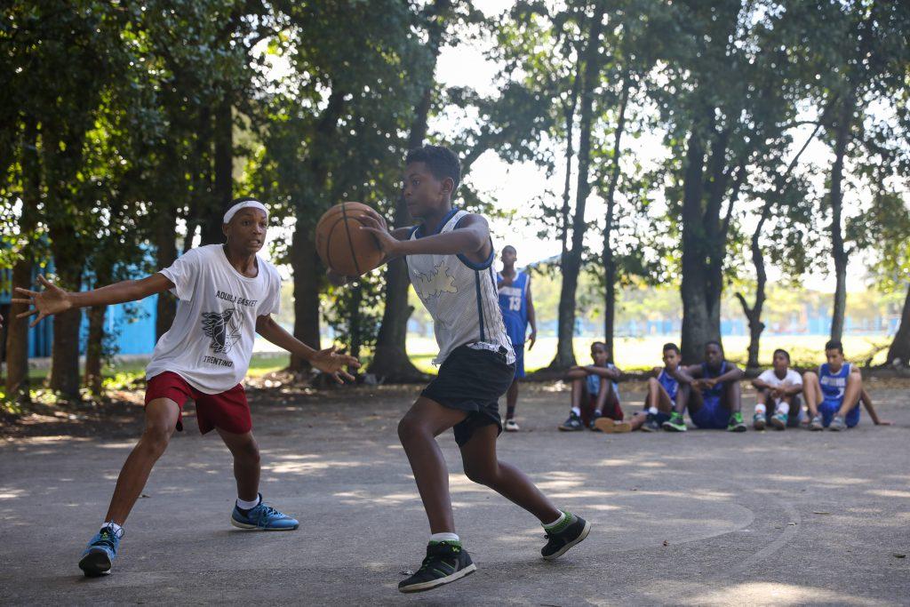 Basketball in Habana. Shot by Luke Galati in Havana Cuba, 2017